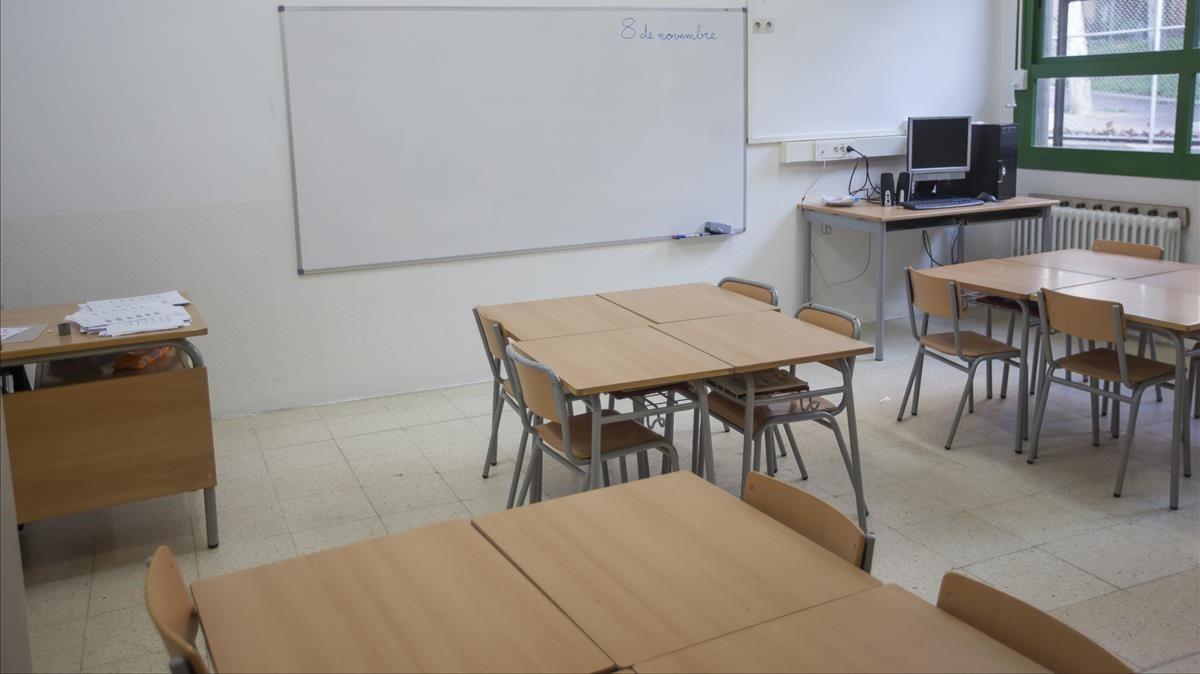 Imagen del IES Trinitat Nova de Barcelona, con las aulas vacías.