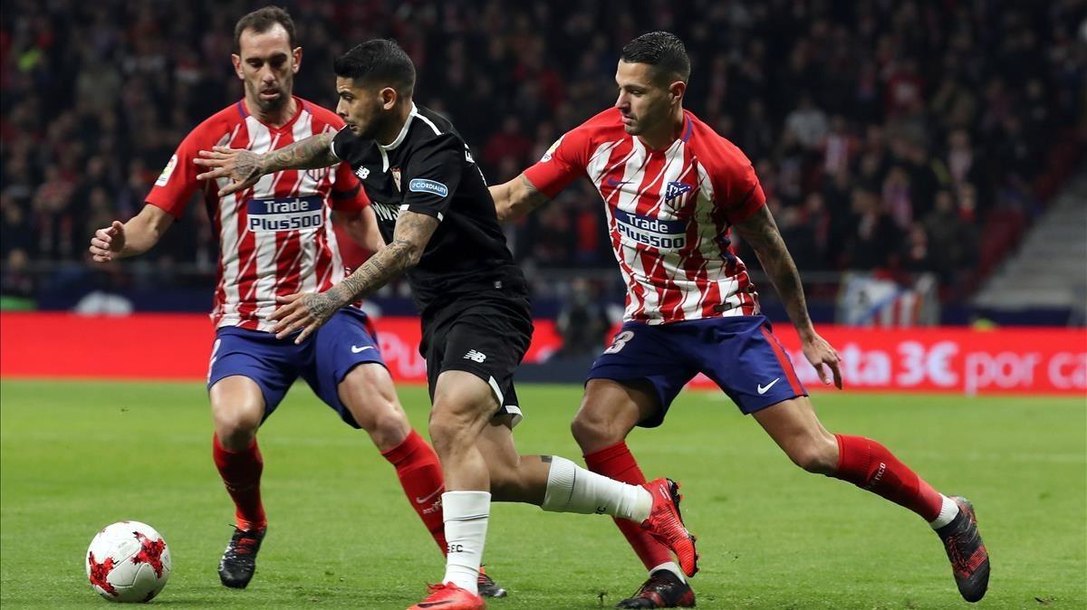Imagen del partido de Copa entre el Atlético y el Sevilla.