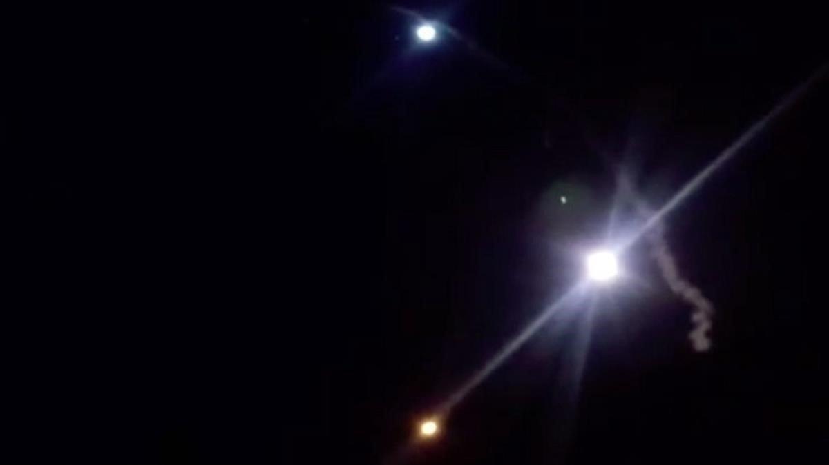 Imagen de los misiles lanzados por Irán a la base militar estadounidense durante este miércoles