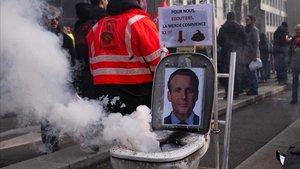 Imagen de la manifestación contra la reforma de las pensiones, este viernes en Lyón.