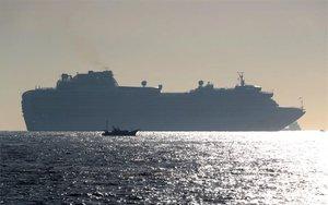 Elcrucero Diamond Princess en cuarentena en Japón por el coronavirus de Wuhan.