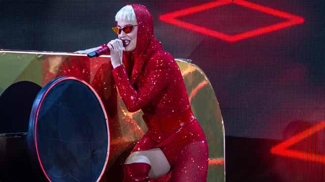 Katy Perry i la seva botiga de joguines al Sant Jordi