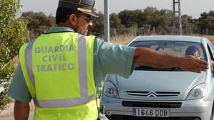 Un conductor dona positiu en totes les drogues del test de la Guàrdia Civil
