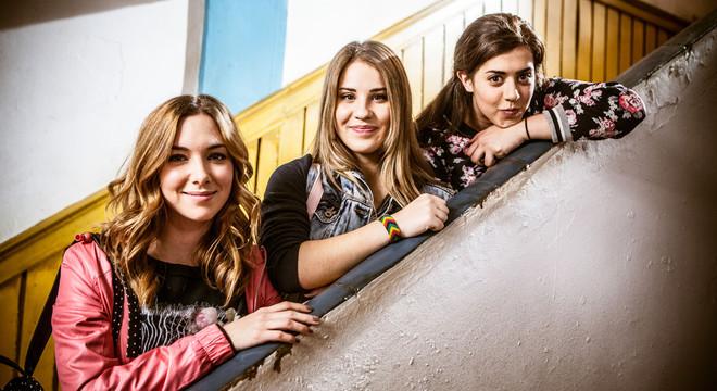 Natalia Rodríguez, Lucía Gil y Bárbara Sínger, en una escena de la serie 'Yo quisiera'.