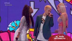 Nia, Hugo y Samantha cantando 'Sabor de amor' en 'OT 2020'.