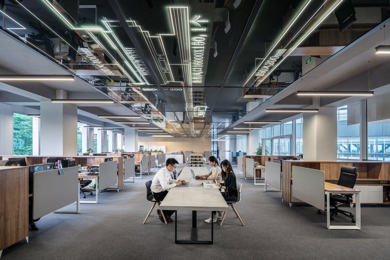 Las grandes y medianas empresas españolas, son las primeras en adaptar sus espacios a este fenómeno.