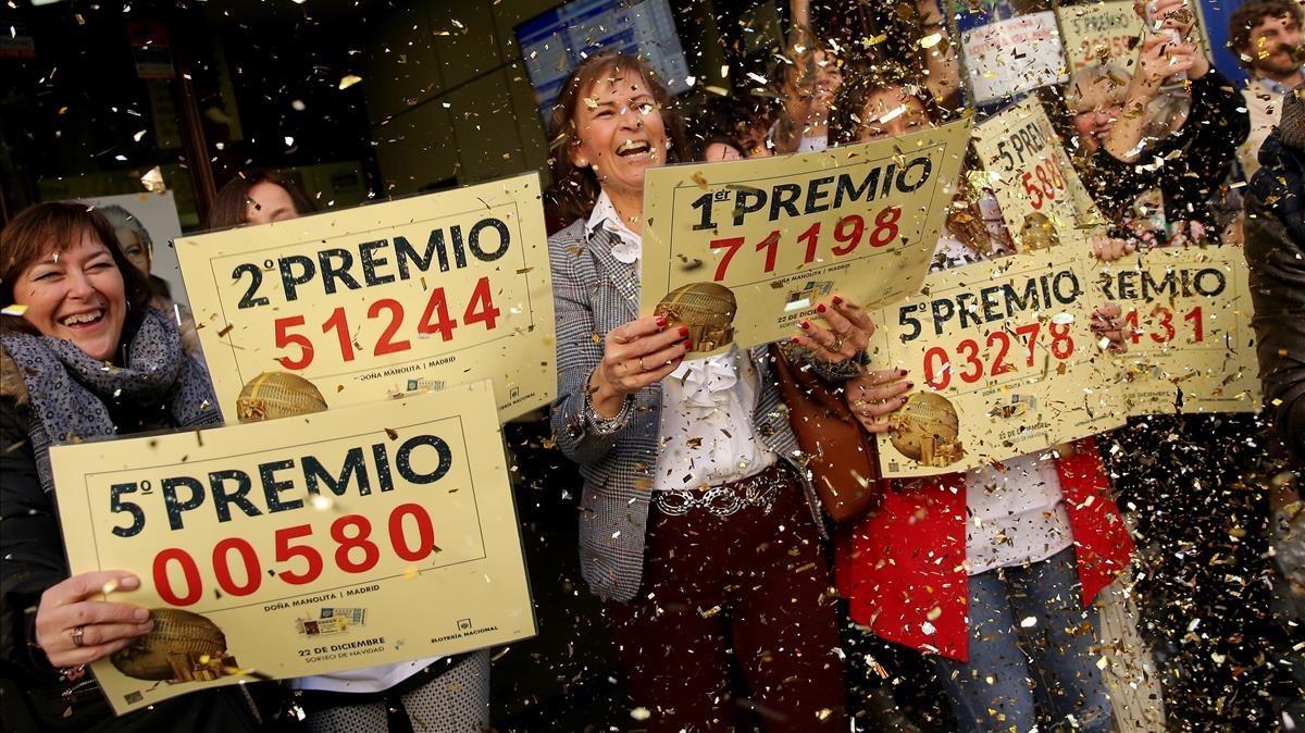 Celebración del Gordo de la lotería en la administraciónDoña Manolita, en Madrid.