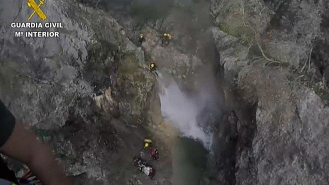 Rescatada con un helicóptero una mujer herida en un torrente de Mallorca.
