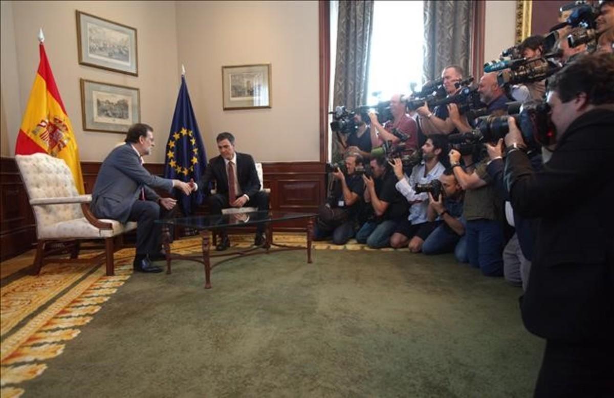 Sánchez traslada su rechazo a Rajoy pero mantiene todas las opciones abiertas