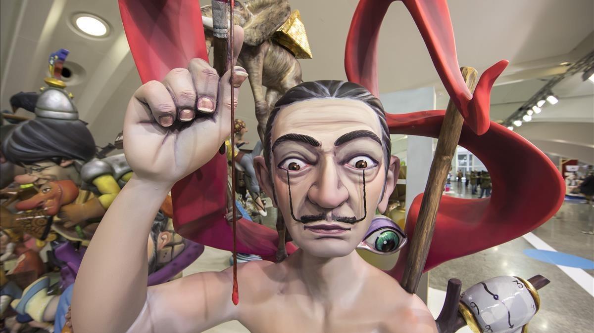 Salvador Dalí, protagonista de uno de los ninots candidatos a ser indultados estas Fallas