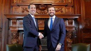 Guaidó rebut a Espanya amb honors de president només per la dreta