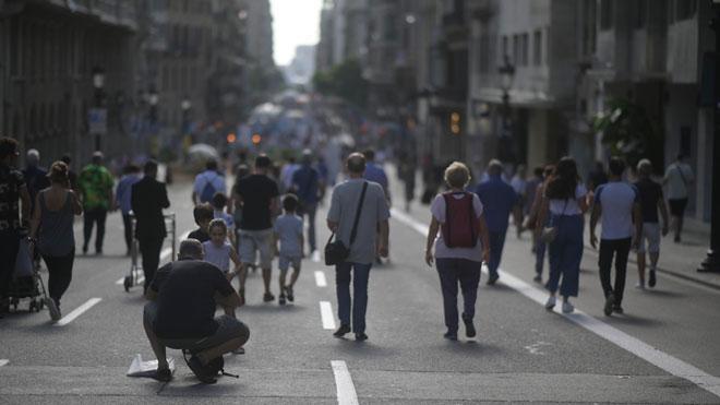 Barcelona ultima una Via Laietana sense cotxes en dia festiu