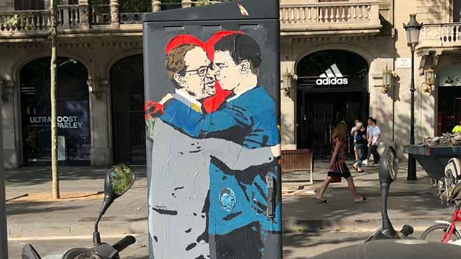 Torra i Sánchez, en un altre petó impossible