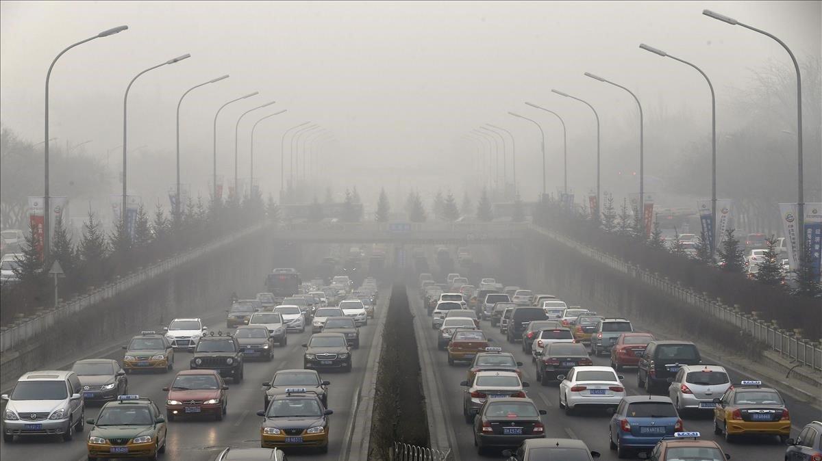 Una carretera de Pequínen una imagen de archivo.