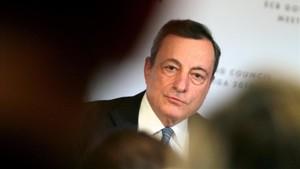 """Draghi avisa que el BCE """"serà pacient"""" per apujar els tipus"""
