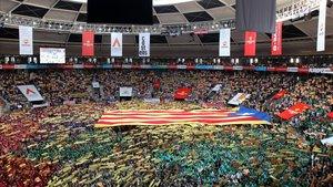 """La CUP denuncia que una empresa d'""""extrema dreta"""" va controlar l'accés del Concurs de Castells"""
