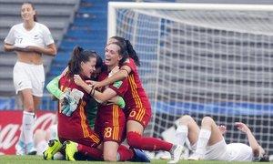 Alegría de las españolas tras el 2-0 a Nueva Zelanda.
