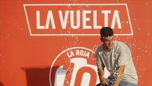 Arkano,durante su actuacion este jueves en la presentacion de los equipos participantes en la Vuelta Ciclista a España.