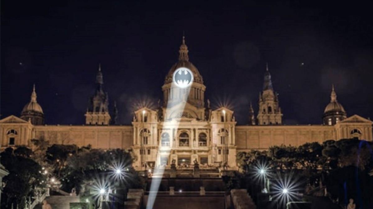 Així serà el senyal de Batman que es veurà a Barcelona aquest dissabte