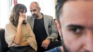 Belén Cuesta y Luis Tosar, mirados de reojo por el director Aritz Moreno, en Sitges.