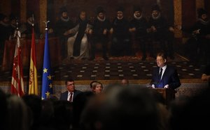 Ximo Puig carrega contra l'«antipatriòtic paradís fiscal» madrileny