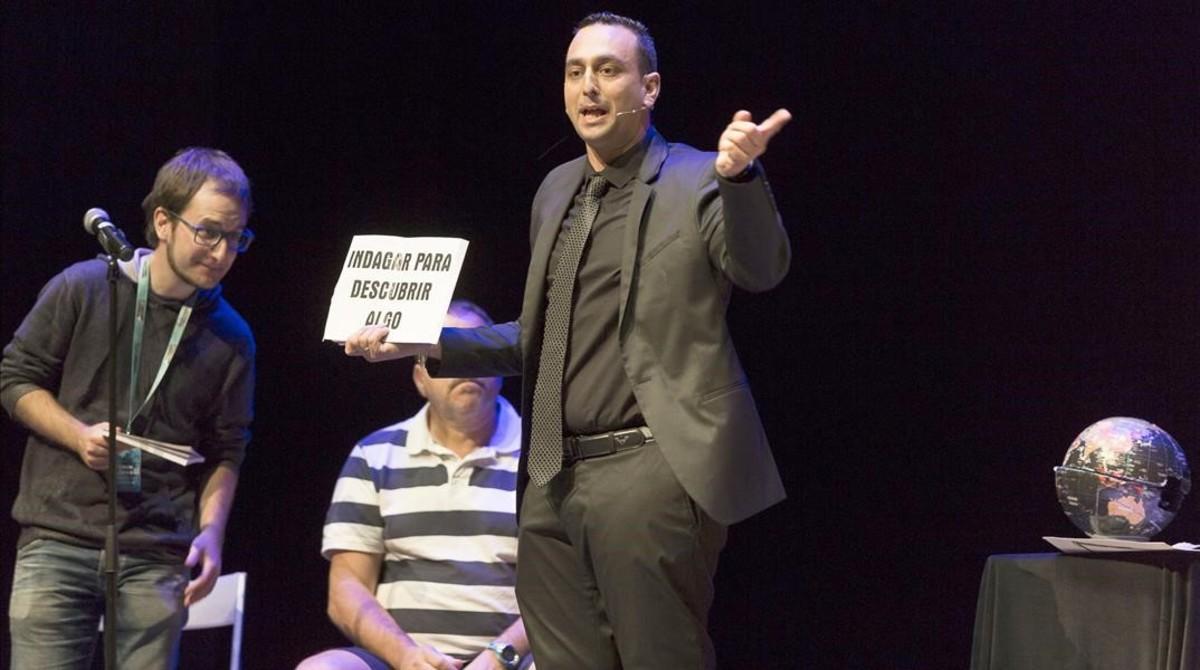 El argentinoMago Larry ganador en la especialidad de mentalismo.