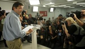 El presidente de la gestora del PSOE, Javier Fernández, en la rueda de prensa tras el comité federal del pasado sábado.