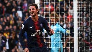 Rabiot celebra un gol en el Parque de los Príncipes.