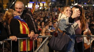Ambienteen la plaça de Catalunya.