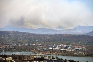 Los incendios pueden quedar descontrolados por lo que el estado de emergencia sirve para que las familias estén preparadas.