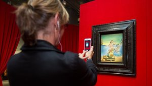 Leda atómica, el óleo de Dalí que centra la exposición Dalí atómico en el CaixaForum de Sevilla.