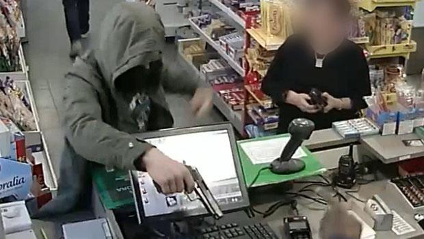 Detingut un lladre de gasolineres de Barcelona