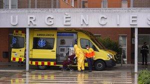Entrada de las urgencias del Hospital de Igualada, el pasado 30 de marzo.