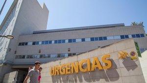 Fachada de un hospital de Murcia.