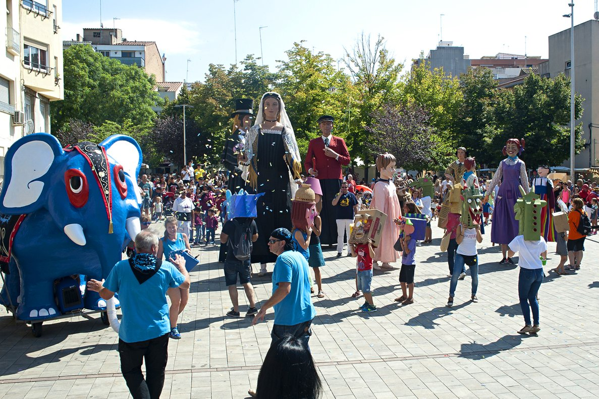 Rubí s'acomiada de les vacances estivals amb la festa major petita de Sant Roc