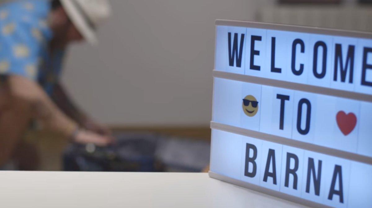 Fotograma del videoclip de la canción 'Barcelona', de Adonde Boy