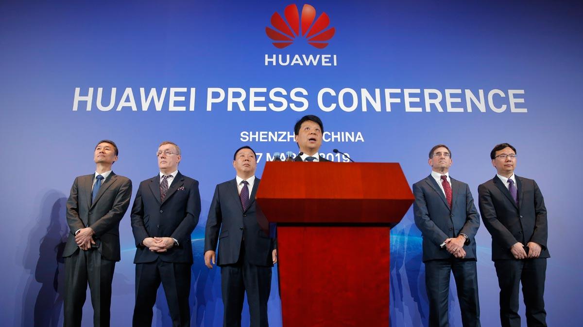 Huawei demanda al Gobierno de EEUU por la prohibición de sus productos. En la foto, la rueda de prensa donde se ha anunciado la medida.