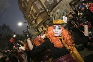 El Concurso de comparsas se resuelve en el marco de la rúa de Carnaval.