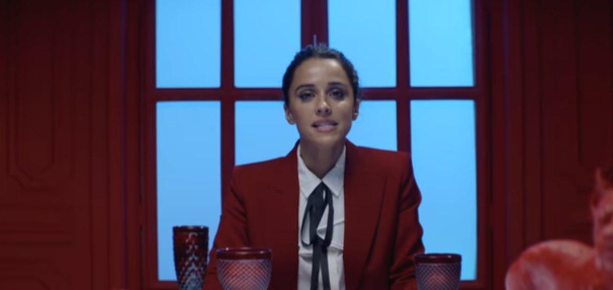 """La nueva canción de Zahara se convierte en un himno contra los vientres de alquiler y el """"misógino liberal"""""""