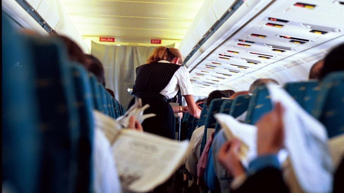 Interior de un avión del Puente Aéreo
