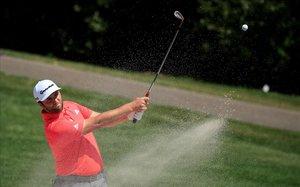 Jon Rahm juega desde el bunker la pasada semana en el torneo de Valspar, en Florida