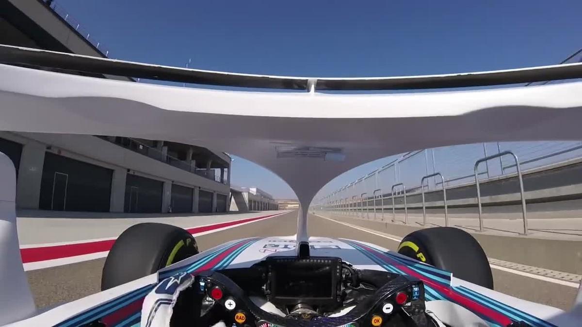 Las primeras vueltas de Robert Kubica con Halo en el Williams Martini Racing.