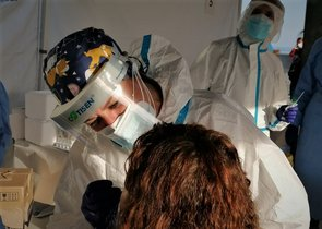 Salut porta a terme un cribratge amb més de 3.000 proves PCR al centre comercial Mataró Parc
