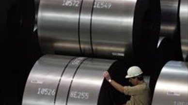 La UE impone medidas provisionales para proteger al acero