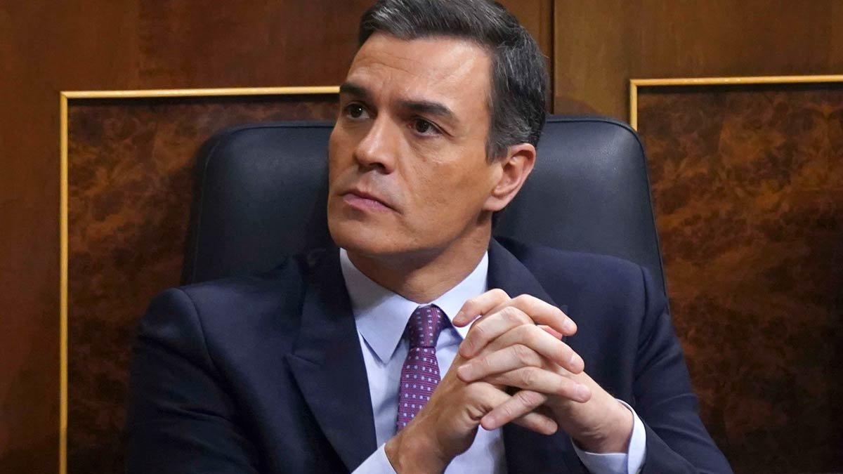 Pedro Sánchez, en su escaño del Congreso.