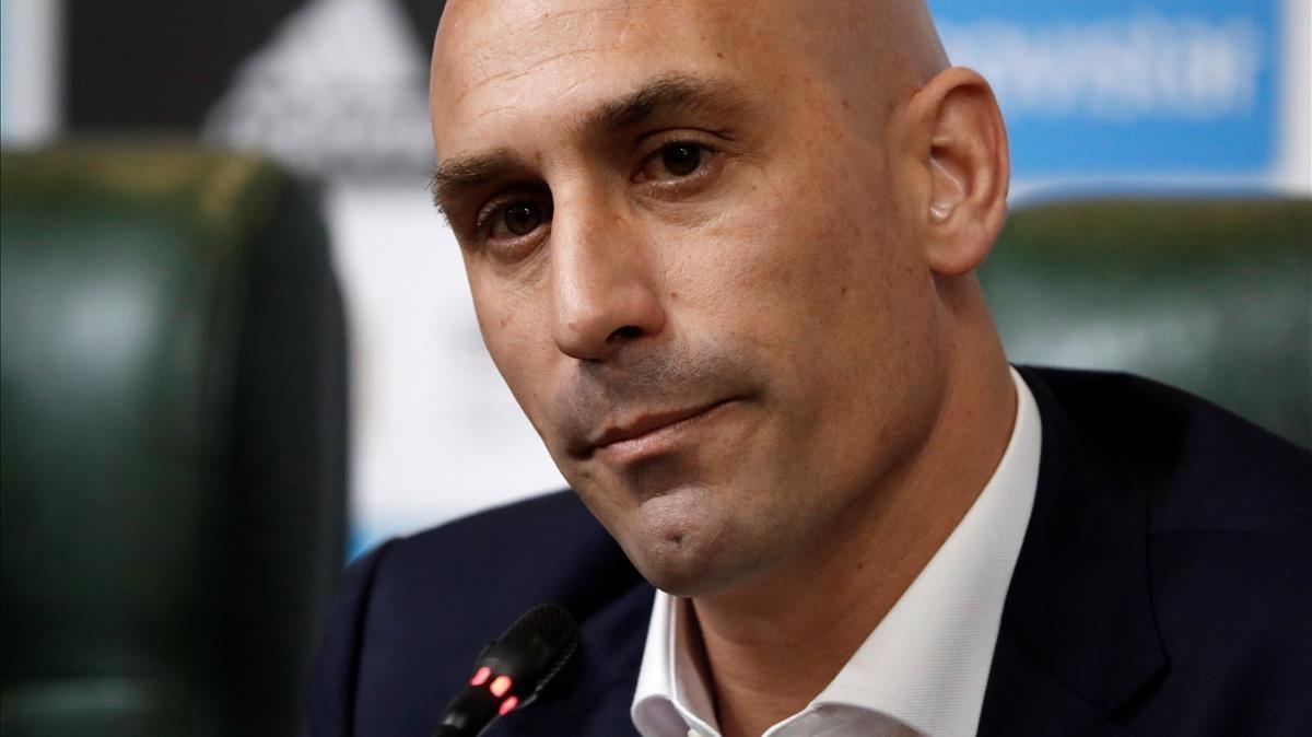 El presidente de la Federación Española de Fútbol, Luis Rubiales, durante la rueda de prensa.