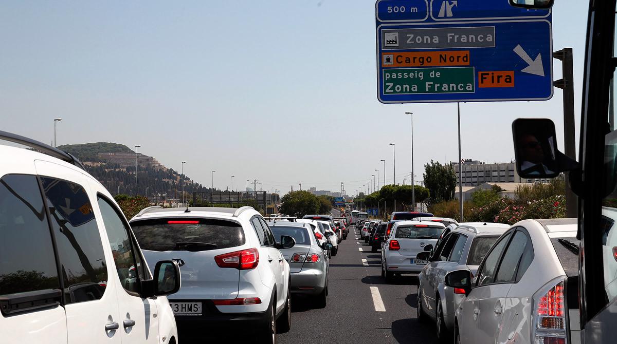 Retención en los accesos de entrada a Barcelona.