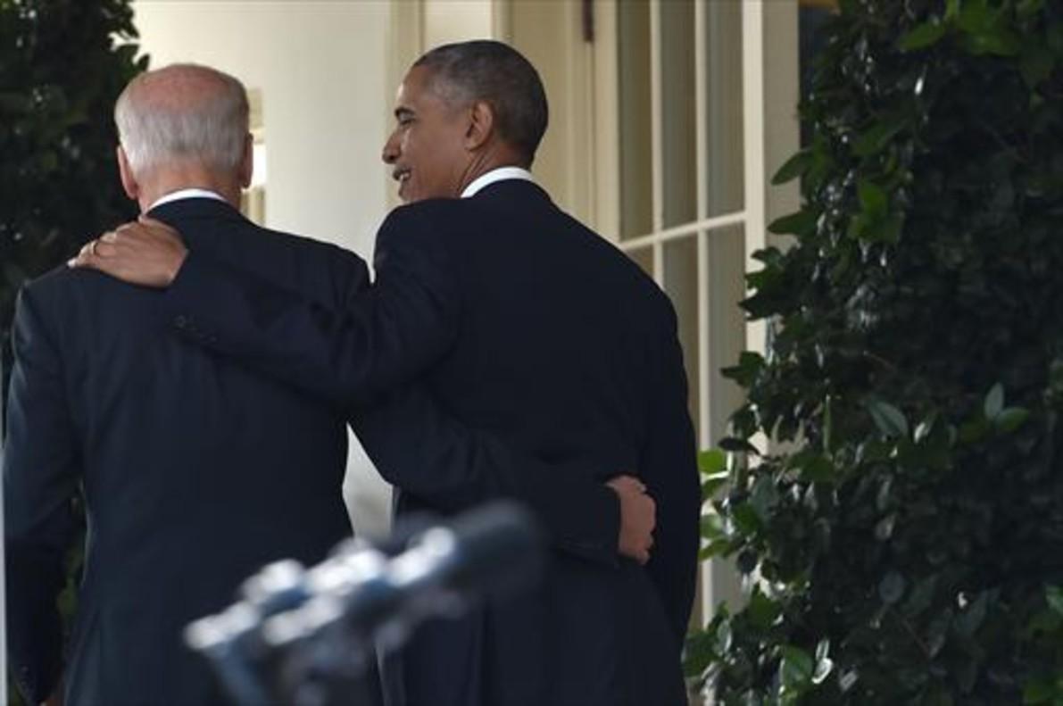 Salientes 8El presidente Barack Obama y el vicepresidente Joe Biden, ayer, en la Casa Blanca.