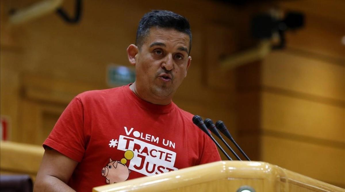 El senador de Compromís Carles Mulet, durante un pleno de la Cámara alta.