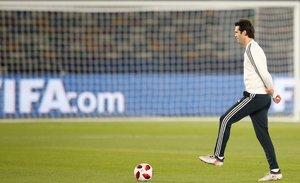 Santiago Solari, durante el último entrenamiento del Madrid en Abu Dhabi.